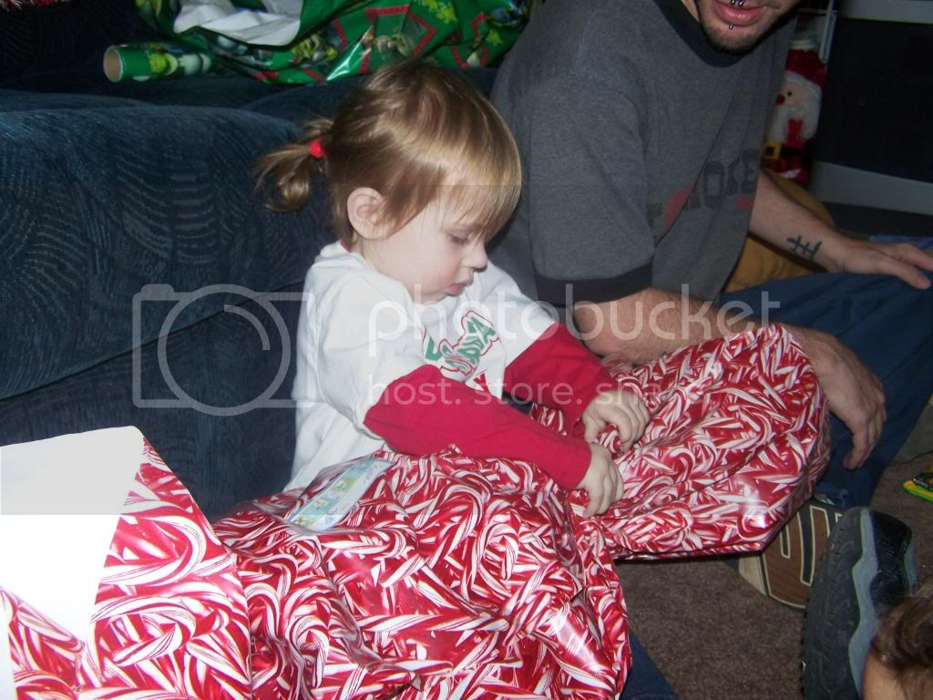 Look a big peice of candy.. photo christmas028.jpg